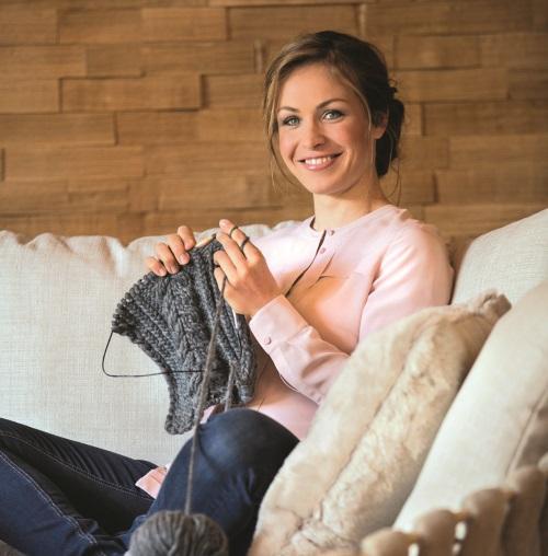 Wollig warm durch den Winter - mit Magdalena Neuners bezaubernden Strickideen